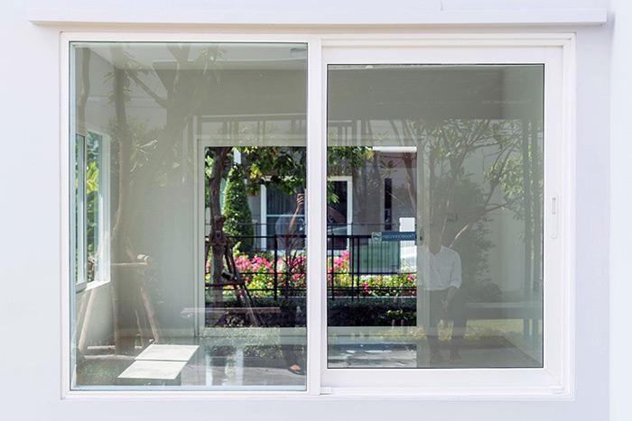 Какие пластиковые окна подходят для дома