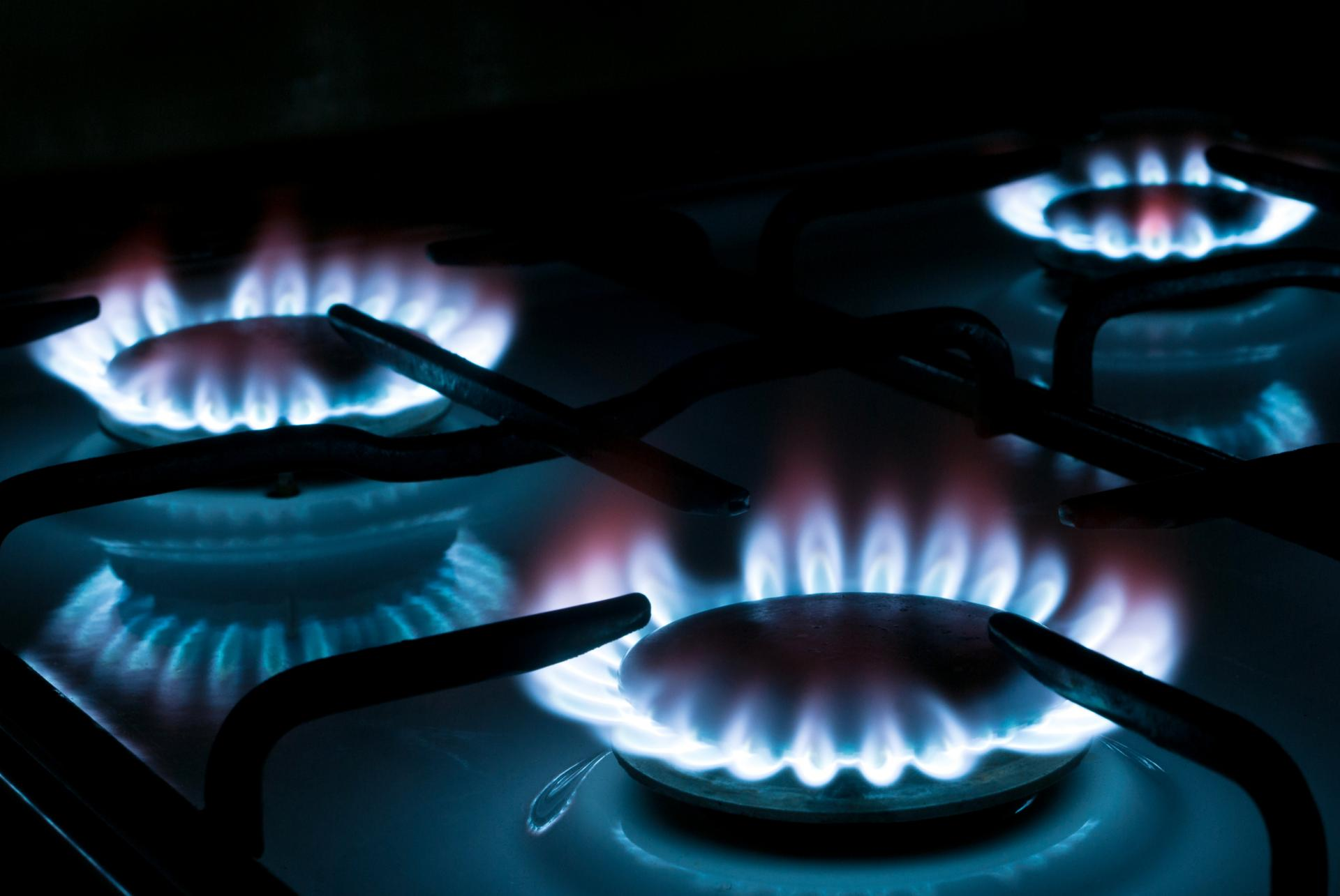 горящая газовая конфорка картинки