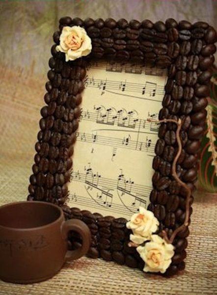 Кофейная рамка из картона