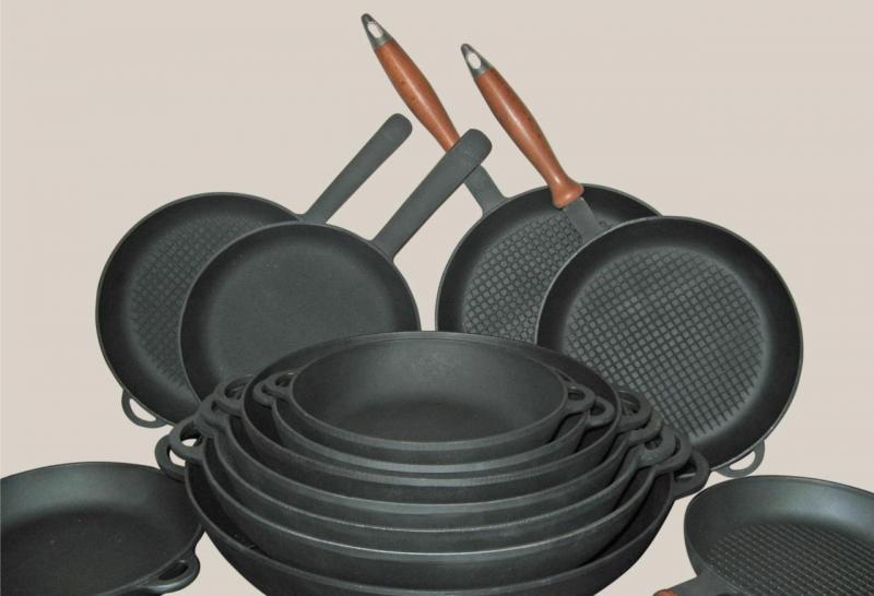 Чугунная сковорода — незаменимая помощница на кухне: особенности и правила ухода