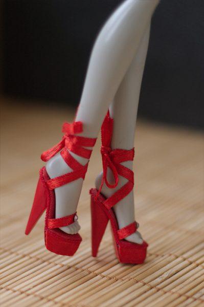 Обувь для миниатюрных кукол