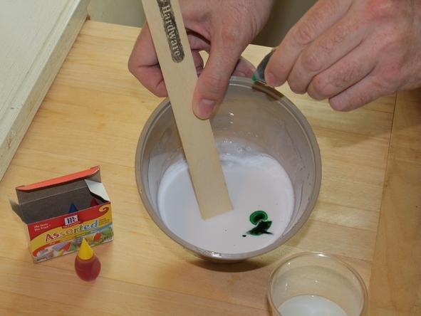 Окрашивание смеси для приготовления лизуна