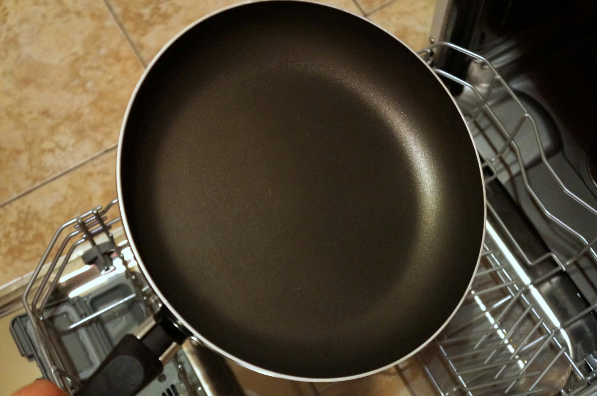 Как отмыть сковороду и другую посуду от старого жира и нагара 42