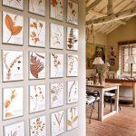 Стена, оформленная гербарными картинами