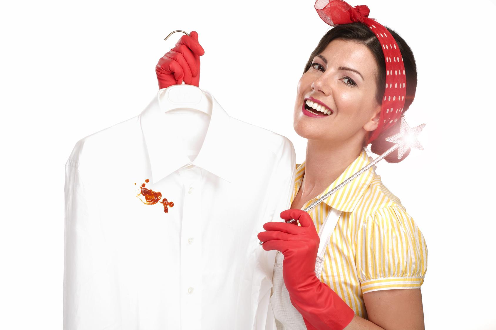 Эффективное устранение пятен крови с одежды и мебели