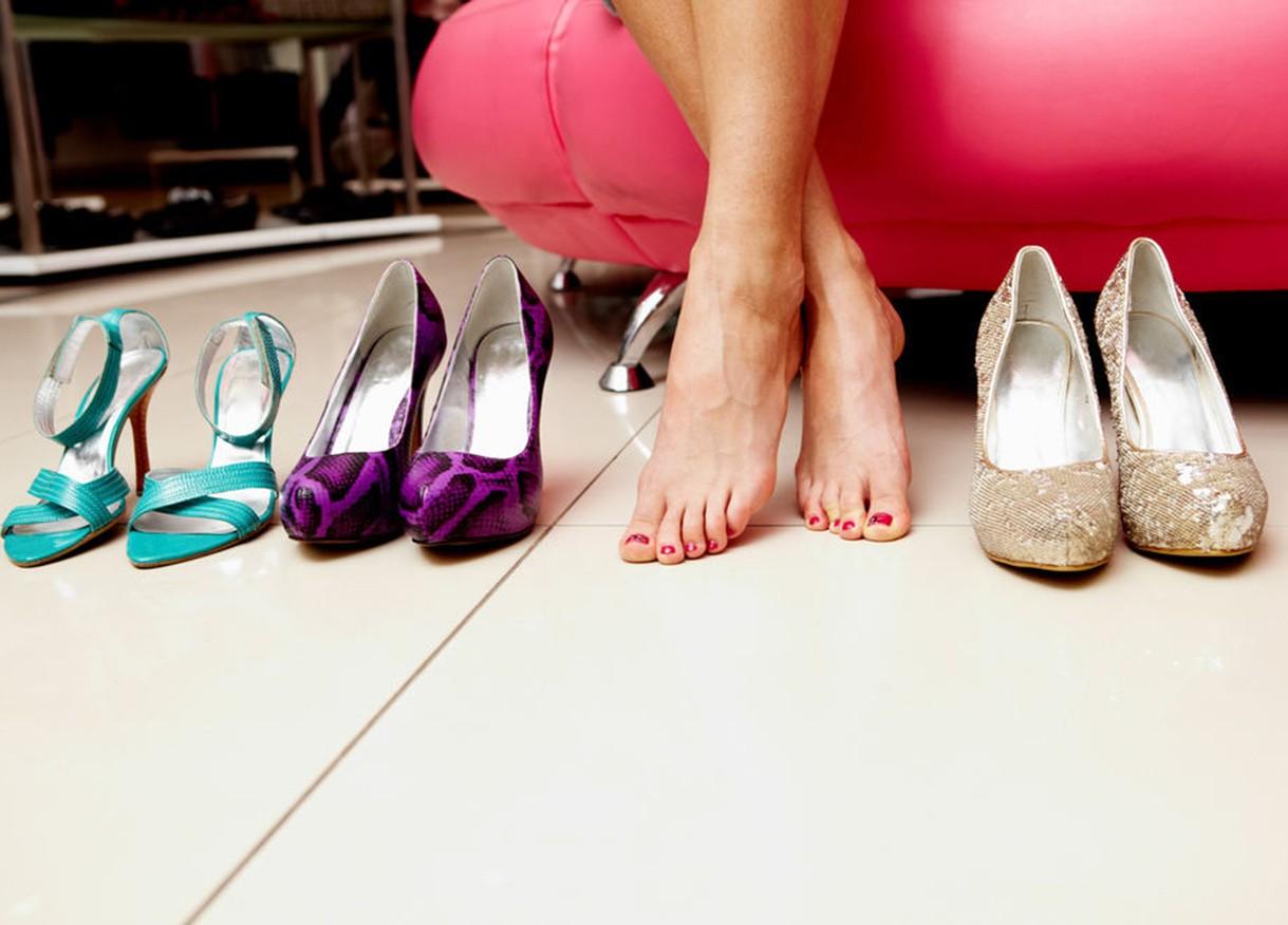 растянуть обувь