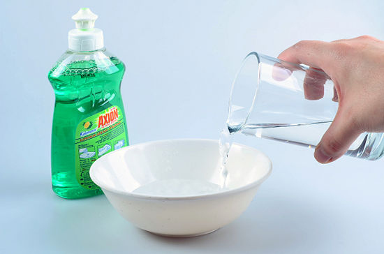 Компоненты для мыльного раствора на основе средства для мытья посуды