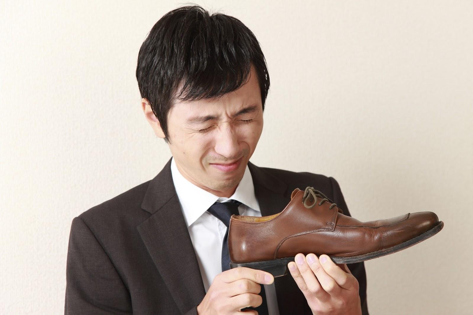 Как избавить обувь от неприятного запаха, и почему активированный уголь полезен не только желудку