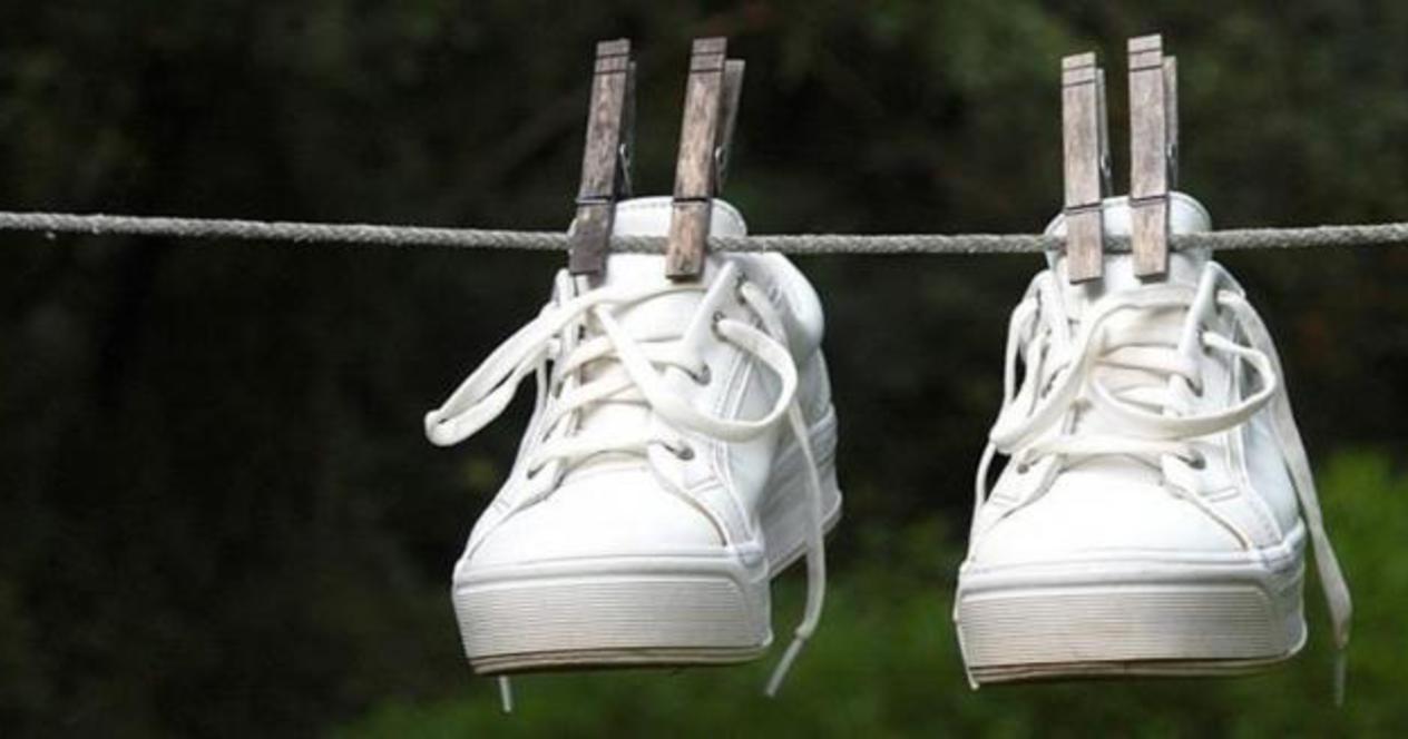 Стираем кеды и кроссовки, сохраняя их внешний вид