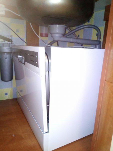 Посудомоечная машинка под раковиной