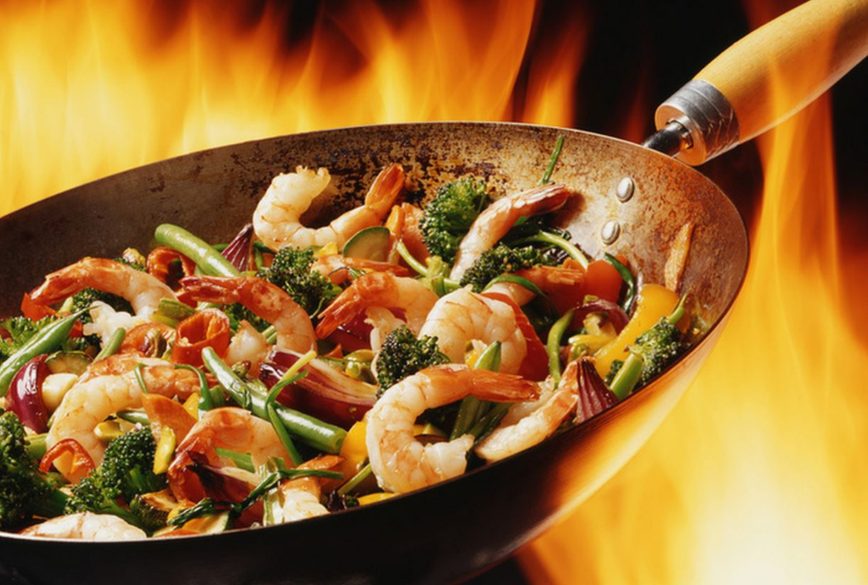 Выбираем сковороду вок для приготовления блюд азиатской кухни