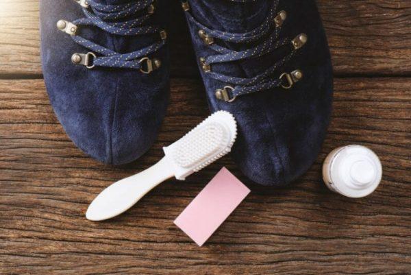 Принадлежности для чистки замшевой обуви