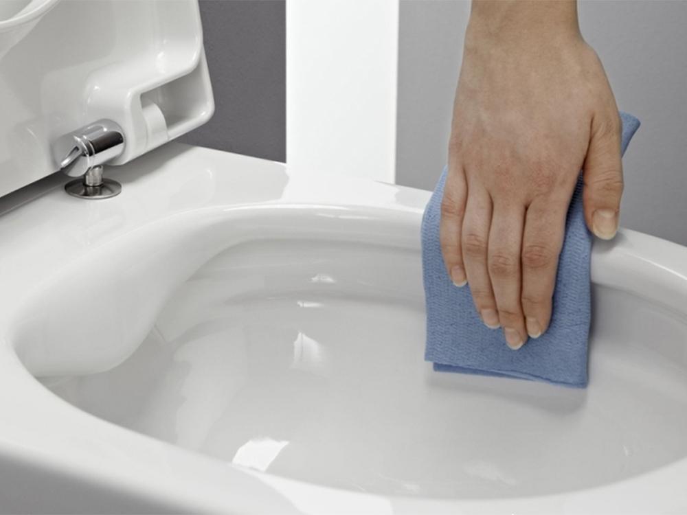 Картинки по запросу Моем до белизны ванну.