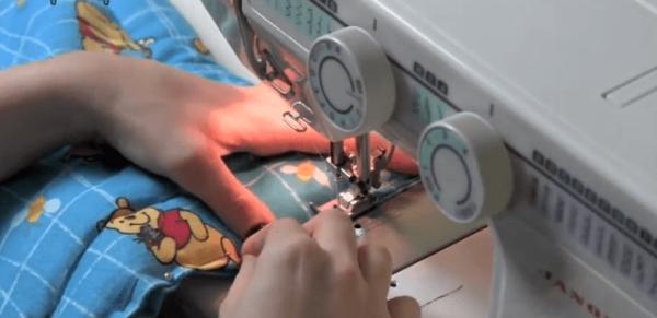 Обработка краёв одеяла на машинке