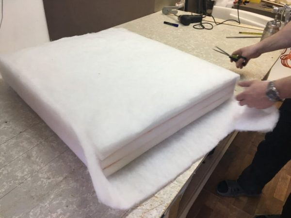 Оклейка подушек синтепоном