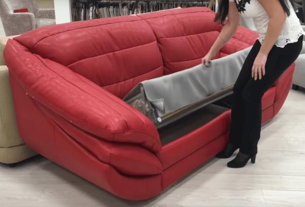 Раскладывание дивана