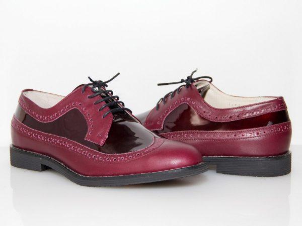 Вишнёвые ботинки с элементами из лакированной кожи