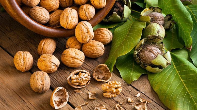 Методы очистки грецких орехов