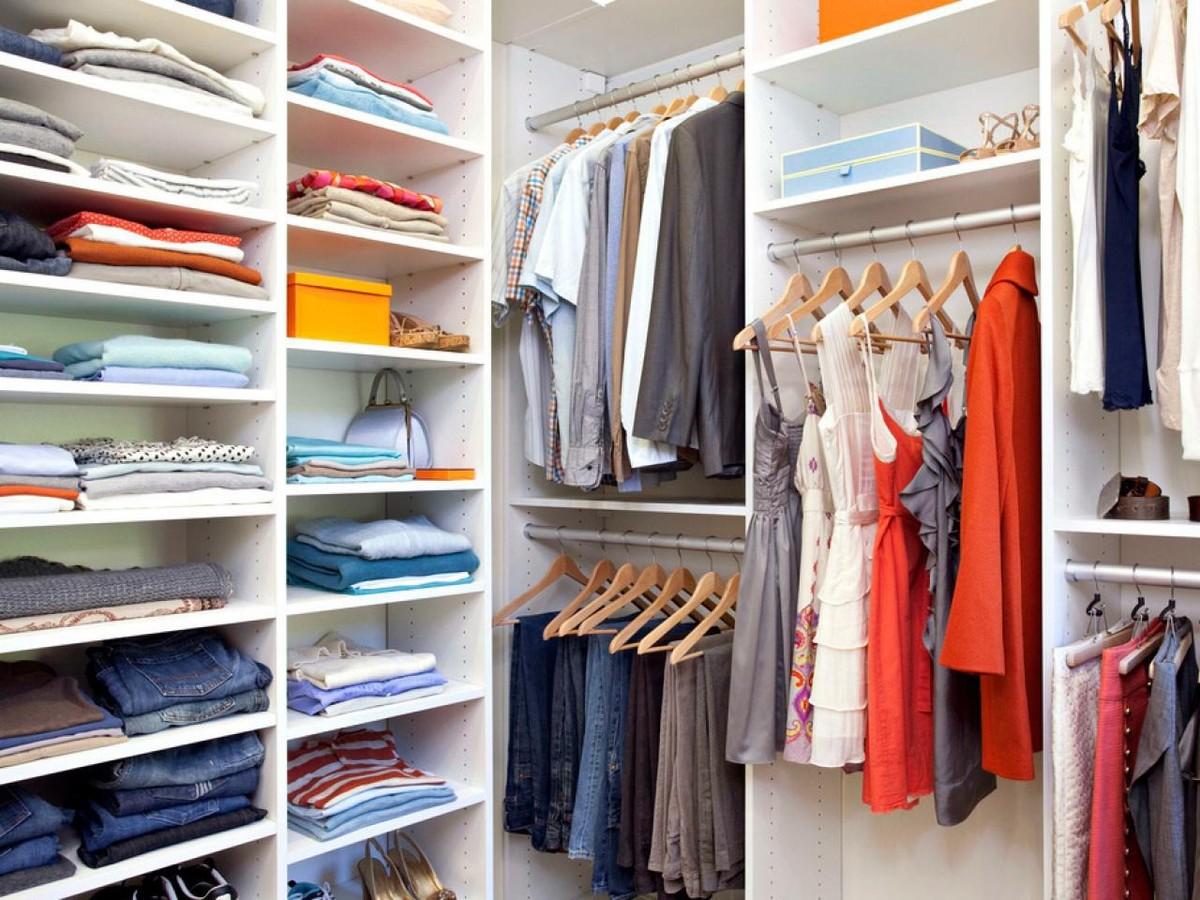 """Картинки по запросу """"порядок в шкафу с одеждой"""""""