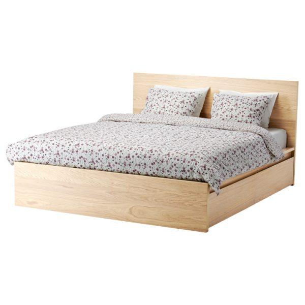 Кровать с каркасной опорой