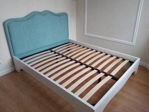 Ламели в основании кровати