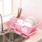 Пластиковая сушка для посуды с поддоном