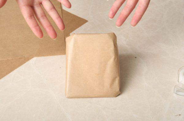 завернуть сыр в пергамент